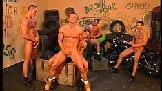 Hot gay orgy in the alleyway with a five pack of hunky studs